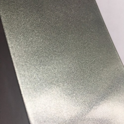 What precautions should be taken when using metal powder coatings